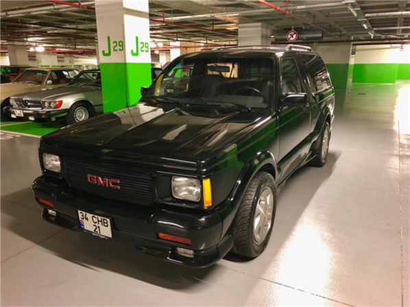 1992 model, GMC Typhoon<br/>4300 cm³ - 27.950 km